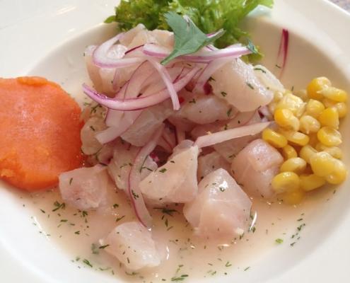 la mar - comida colombiana