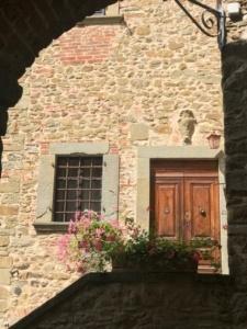 Volpaia, Italia